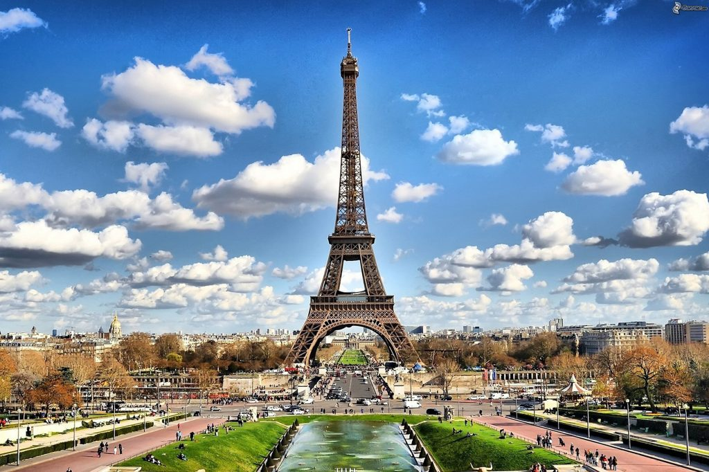learning french in paris