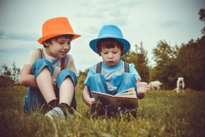 Wie kann ich das Lesen meines Kindes auf Spanisch verbessern?