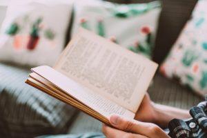 ¿Por qué mi hijo debería leer libros en español?